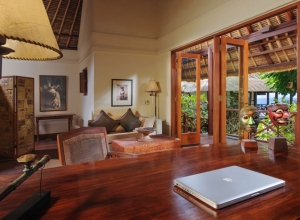 Bayuh Sabbha - upstairs office and library